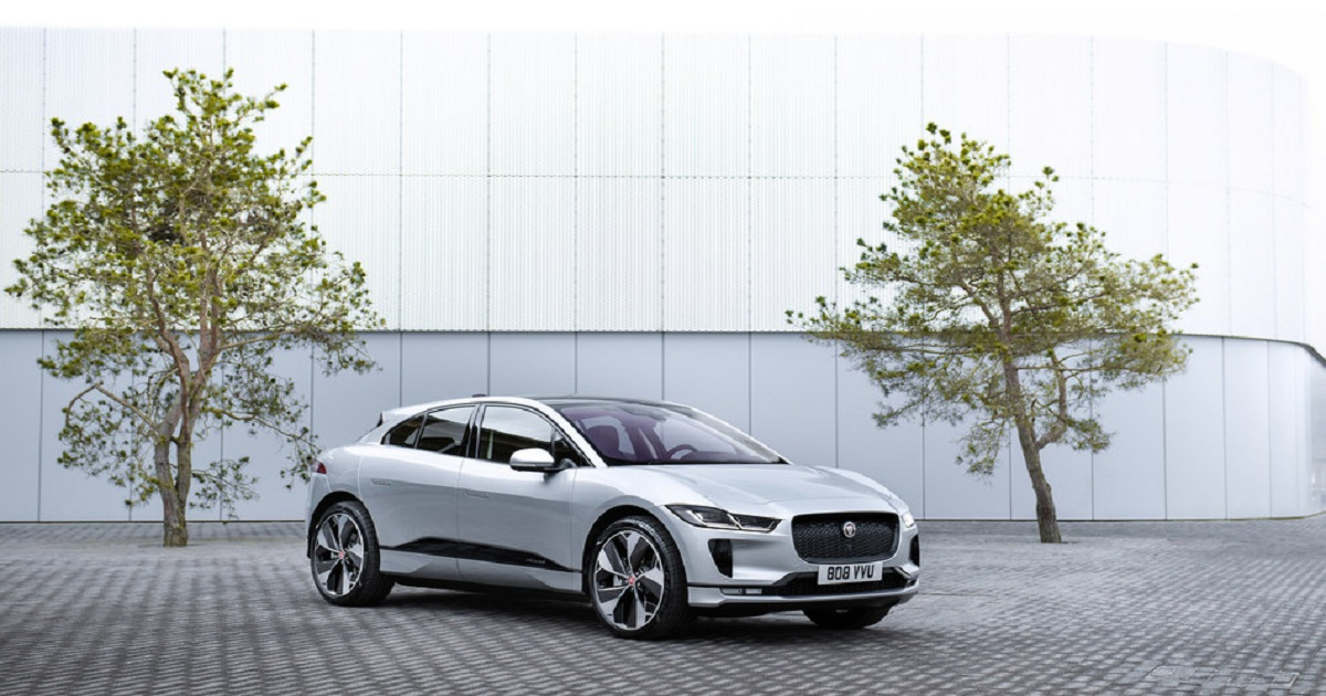 Momentum Dynamics Wireless Charging System On Jaguar I-PACE Electric Taxis: World's First Wireless Taxi Rank